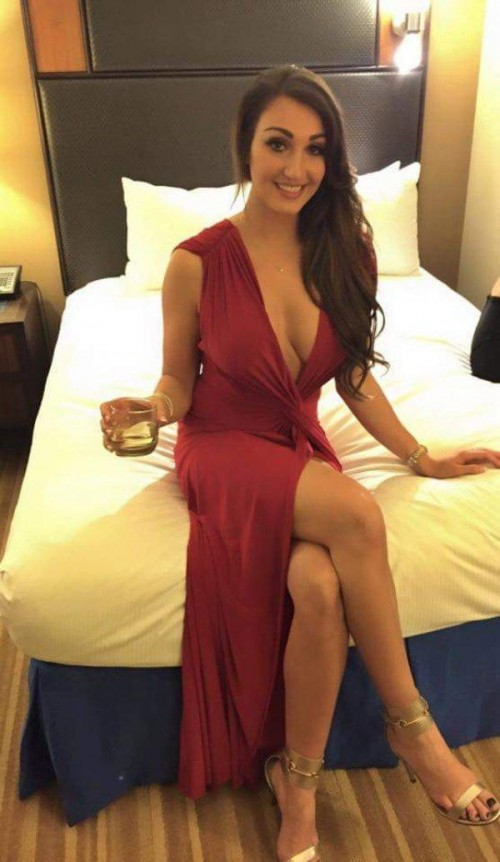 Beautiful women tight dresses 3